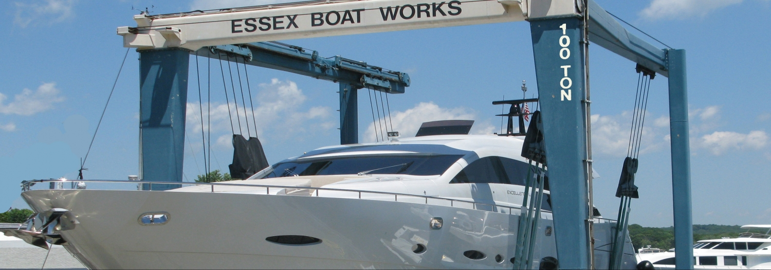 100 Ton Lift with boat